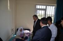 SOSYAL SORUMLULUK - Harran Üniversitesi Rektörü Taşaltın, Bakım Evinde Kalan Yaşlıları Ziyaret Etti