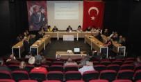 TOPRAK KAYMASI - Kuşadası'nda Pazaryeri Fiyatlarıyla İlgili Olağanüstü Meclis Toplantısı Yapıldı