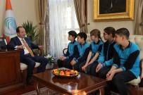 KÜTÜPHANE - Öğrenciler, Başkan Gürkan'a Merak Ettiklerini Sordu