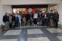 MESUT ÖZAKCAN - Otizmli Çocukların Ailelerinden Başkan Özakcan'a Teşekkür Ziyareti