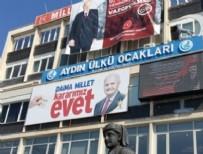 YAĞCıLAR - Ülkücüler Başbakan'ın pankartını astı