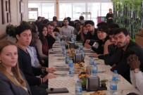 CEZAYIR - Yabancı Uyruklu Öğrenciler Bir Araya Geldi