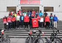 ŞEHİTLERİ ANMA GÜNÜ - 30 Bisikletli Çanakkale Şehitleri İçin Yola Çıktı