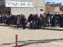 4.2' İle Sallanan Horosan'a Okullar Tatil Edildi