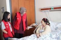 Ardahanlı Gönüllü Gençler Yaşlı Hastaları Ziyaret Etti