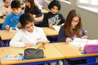 GÜRÜLTÜ KİRLİLİĞİ - Beylikdüzü'nde Öğrencilere Çevre Ajandası Hediye Ediliyor