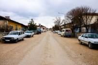 KANALİZASYON - Büyükşehir Akçadağ'da Yol Çalışmalarına Başladı
