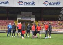ORDUZU - Evkur Yeni Malatyaspor Derbiye Hırslı Hazırlanıyor