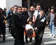 ALıŞVERIŞ - İzmit'te AVM'de Güpegündüz Adam Vuruldu Açıklaması 1 Yaralı