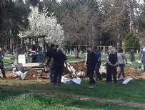 KOSOVA - Kosova'da toplu mezar bulundu