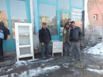 SONER KIRLI - Malazgirt Belediyesinden 'Kül Konteyneri' Dağıtımı