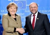 SOSYAL DEMOKRAT PARTİ - Merkel'in Oyları Eriyor