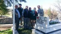 HASANLAR - Müdür Yılmaz Uçar'dan Yaşlı, Hasta Ve Şehit Mezarına Ziyaret