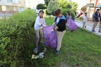 CENNET - Ortaokul Öğrencileri Park Temizliğinde