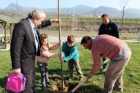 SOSYAL HİZMETLER - Osmaneli'de Orman Haftası Ağaç Dikilerek Kutlandı