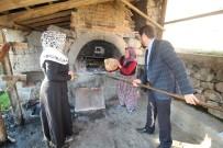 KıNA GECESI - Pürsünler Mahallesi'nde Bir Gelenek Devam Ediyor