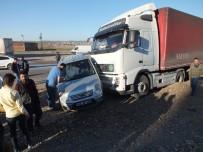 Bismil'de Trafik Kazası Açıklaması 3 Yaralı