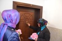ÇEVRE VE ŞEHİRCİLİK BAKANLIĞI - Çat Kapı Yeni Anayasayı Anlattı