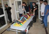 MEHMET YAŞAR - Engelli Genç, Kaldığı Otelin 2. Katından Düştü
