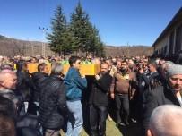 AHMET ÖZTÜRK - Fidan Dikerken Kalp Krizi Geçiren Muhtar Hayatını Kaybetti