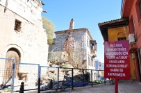 TARİHİ BİNA - Milas'ta Kapanan Yola Tepki Sürüyor