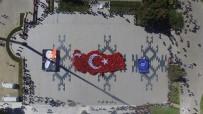 Şehitler Abidesi'nde Türkiye Haritası Kareografisi