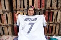 ARSLANKÖY - Ümmiye Teyze Açıklaması 'Rüyamda Görsem Hayra Yormazdım. Gerçekten Yanımdaydı Ronaldo'