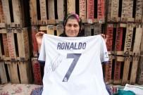 ARSLANKÖY - Ümmiye Teyze Ronaldo'yu Mersin'e Çağrdı