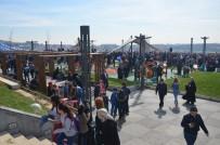 MUSTAFA GÜLER - Üsküdar'da Açılan Bu Parkta Yok Yok