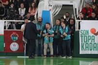 BASIN MENSUPLARI - Giresun'da Basketbol Maçında 'Yeşil Alan' Krizi