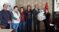 Güner Bahadır'a Engellilerden Nazik Ziyaret