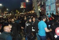 ÇEVİK KUVVET - Polise saldıran Suriyelilere linç girişimi