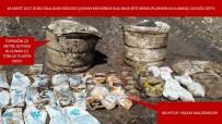 KÖMÜR OCAĞI - Şırnak'ta PKK'ya ait 1 ton yaşam malzemesi ele geçirildi