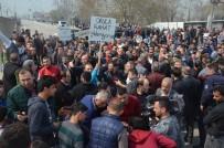 Yol Kapatarak Uyuşturucu Satıcılarını Protesto Ettiler