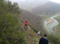 GÜLÜÇ - Dağa Tırmanmaya Çalışan Öğrenci Kayalıklarda Mahsur Kaldı