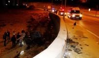 BAŞPıNAR - Gaziantep'te Feci Kaza Açıklaması 1 Ölü, 2 Yaralı