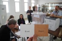 ESKİŞEHİR - Gurbetçi Vatandaşların Referandum İçin Oy Kullanımı Başladı