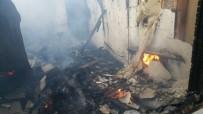YANGINA MÜDAHALE - Horasan'da Çıkan Yangında 1 Ev Kül Oldu