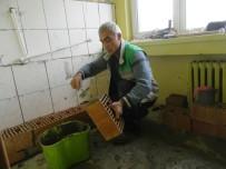 ZİYA GÖKALP - İzmit Belediyesi'nden Okullara Büyük Hizmet
