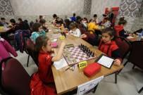 SERDİVAN BELEDİYESİ - Satranç Turnuvasında Ödüller Sahiplerini Buldu