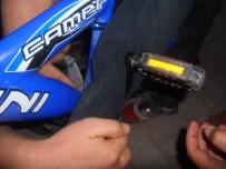 GESI - Ayağı Bisiklete Sıkışan Çocuğu İtfaiye Kurtardı