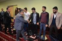 GENÇLİK MERKEZİ - Başkan Yağcı Öğrencilerle Bir Araya Geldi