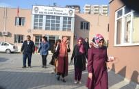 Siirt'te AK Parti'li Kadınlara Taşlı Saldırı Açıklaması 2 Yaralı