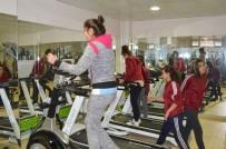 SAUNA - Şırnak'ta Gençler İçin Spor Salonu Açıldı