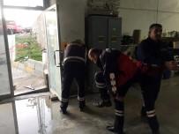 KARBONMONOKSİT - Su Tahliye Motorundan Sızan Gazdan 14 Kişi Zehirlendi