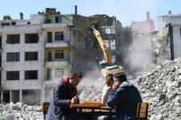 Trabzon'da Kentsel Dönüşümde 'Tavla' Keyfi