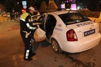 DEVRIM - Yolun Karşısına Geçmek İsterken Otomobil Çarptı