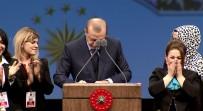 GÜZELLİK UZMANI - Cumhurbaşkanı Erdoğan İmzayı Kürsüde Attı