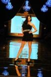 MANKEN - Dosso Dossi Fashion Show'un Baş Mankeni Adriana Lima
