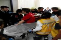 112 ACİL SERVİS - Elini Kıyma Makinesine Kaptırdı
